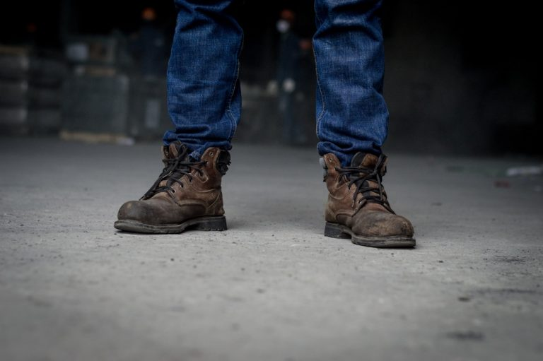 Best Work Boots for Hot Weather: A Comprehensive Buying Guide