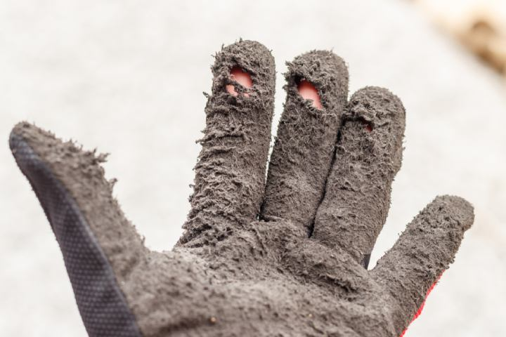 Common Causes of Damage to Leather Gloves